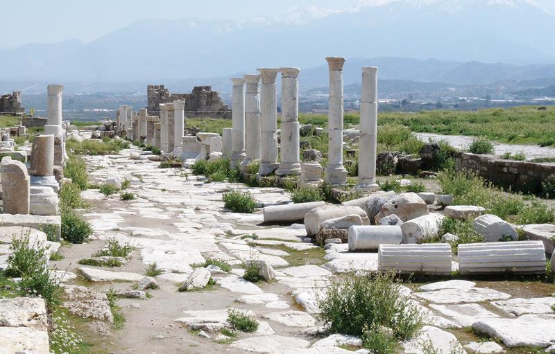 Археологические раскопки вернули к жизни целые улицы города Лаодикея, покинутого в VII веке н. э.